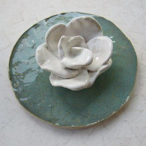 Handmade Green and White Rose Wall Decor